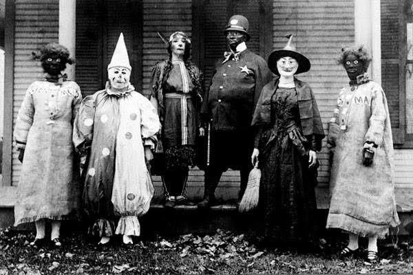 1900s Halloween fashion