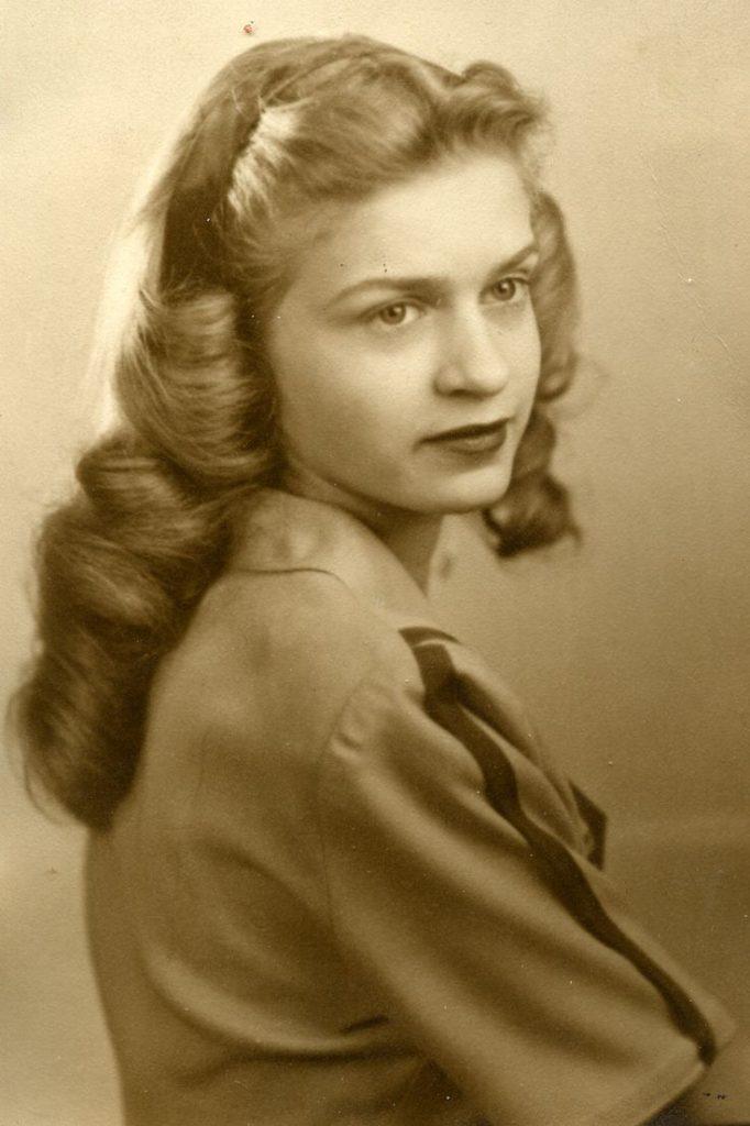 1930s long hair