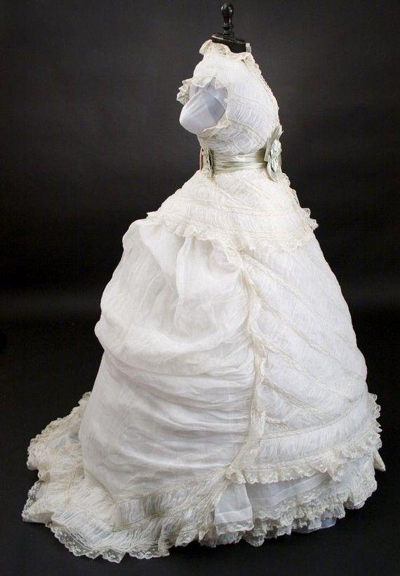 1900s inspired wedding dress